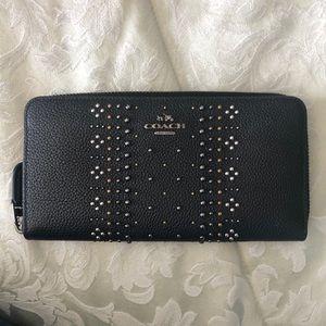 Coach bandana rivet accordion wallet